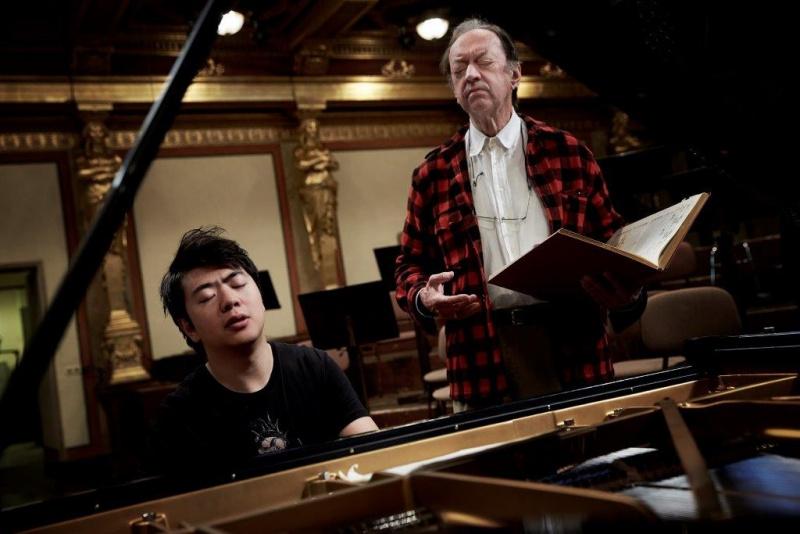 Mise Mozart – Lang Lang a Nikolaus Harnoncourt