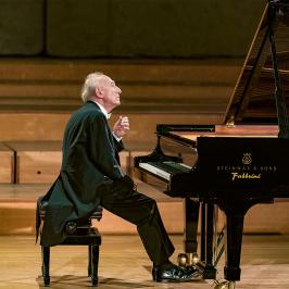 Maurizio Pollini: The Late Beethoven Piano Sonatas