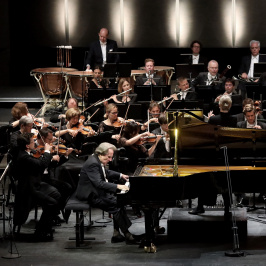 RIGA JURMALA MUSIC FESTIVAL. Bavarian Radio Symphony Orchestra, Rudolf Buchbinder, Susanna Mälkki