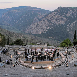 Currentzis conducts Beethoven in Delphi