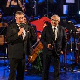 Ředitel festivalu Tomáš Motl a moderátor Jiří Vejvoda